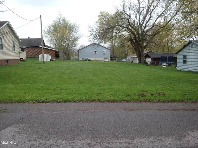 514 Gray Street, Dowagiac, MI 49047 (MLS #21013126) :: Keller Williams Realty | Kalamazoo Market Center