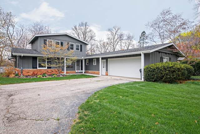 2276 Riverview Court, Benton Harbor, MI 49022 (MLS #21013143) :: JH Realty Partners