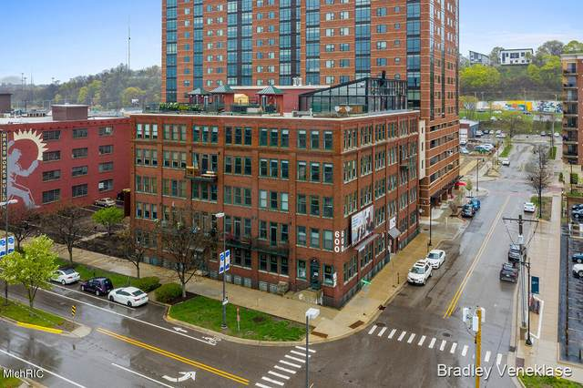 600 Monroe Avenue NW Suite 406, Grand Rapids, MI 49503 (MLS #21013183) :: JH Realty Partners