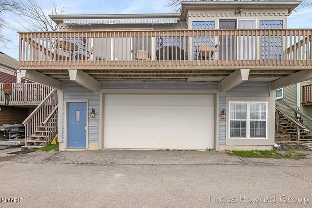 6660 Shoreline Court, Saranac, MI 48881 (MLS #21013204) :: Ginger Baxter Group