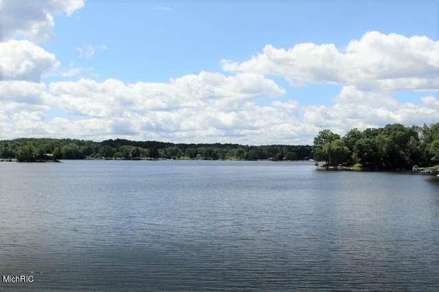 0 Pawnee Trail 558 & 559, Evart, MI 49631 (MLS #21013209) :: Your Kzoo Agents