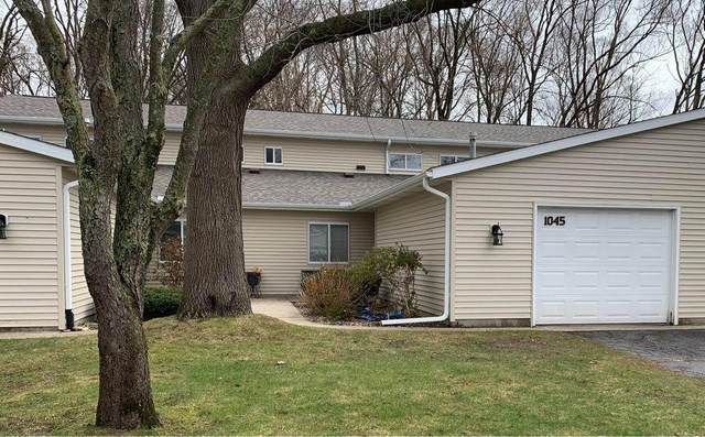 1045 Wedgewood Drive, Plainwell, MI 49080 (MLS #21013418) :: JH Realty Partners