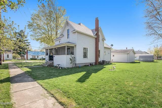 209 Grove Street, Sturgis, MI 49091 (MLS #21013484) :: Keller Williams Realty | Kalamazoo Market Center