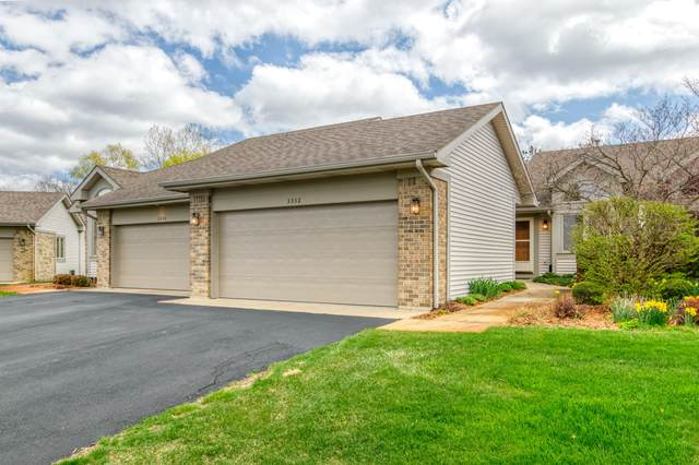 3332 Falcon Crest Court NE #173, Grand Rapids, MI 49525 (MLS #21013548) :: Your Kzoo Agents