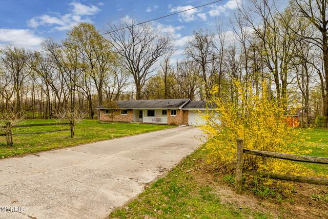 1750 E John Beers Road, St. Joseph, MI 49085 (MLS #21013587) :: Your Kzoo Agents