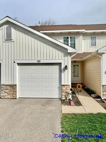 1422 Viewpoint Drive #26, Greenville, MI 48838 (MLS #21013836) :: Keller Williams Realty | Kalamazoo Market Center