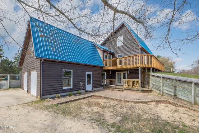 4377 85th Avenue, Evart, MI 49631 (MLS #21013894) :: Your Kzoo Agents