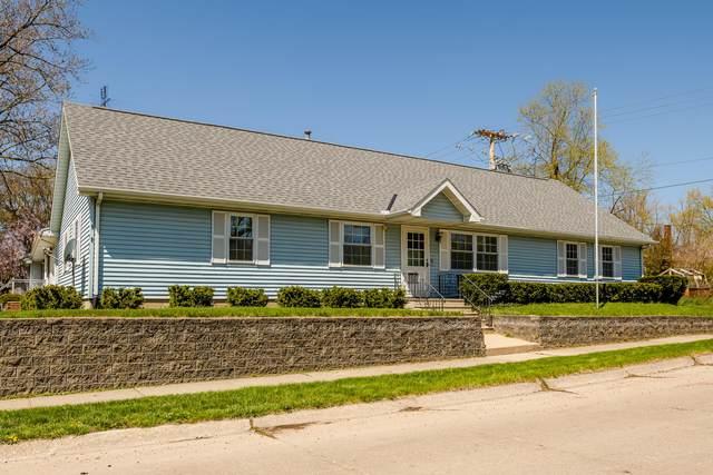 929 Wolcott Avenue, St. Joseph, MI 49085 (MLS #21013966) :: Deb Stevenson Group - Greenridge Realty