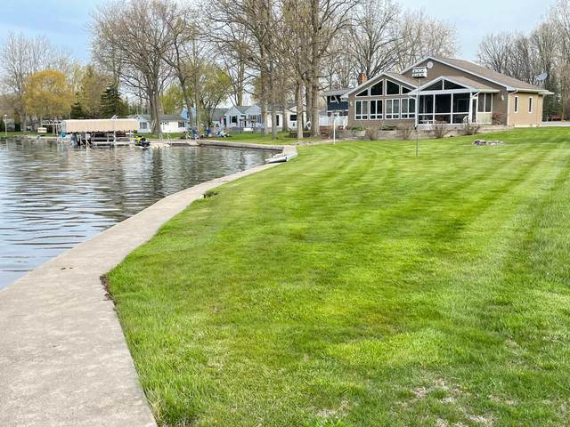 315 Caroline Drive, Coldwater, MI 49036 (MLS #21014149) :: Your Kzoo Agents