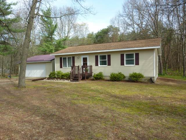 10640 W Colby Road, Gowen, MI 49326 (MLS #21014305) :: Your Kzoo Agents