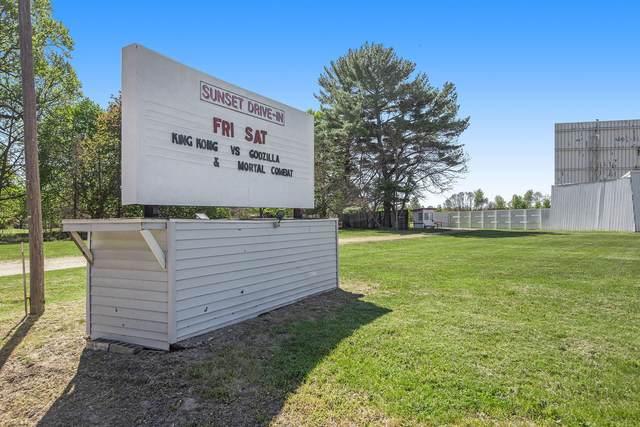 69107 Red Arrow Highway, Hartford, MI 49057 (MLS #21014455) :: Ginger Baxter Group
