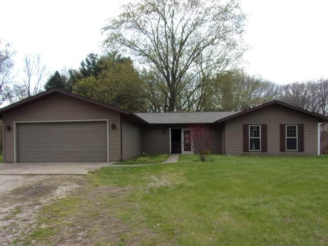 65840 N Centerville Road, Sturgis, MI 49091 (MLS #21014529) :: Deb Stevenson Group - Greenridge Realty