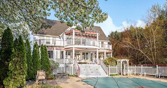 2699 Lake Bluff Terrace, St. Joseph, MI 49085 (MLS #21014899) :: Deb Stevenson Group - Greenridge Realty
