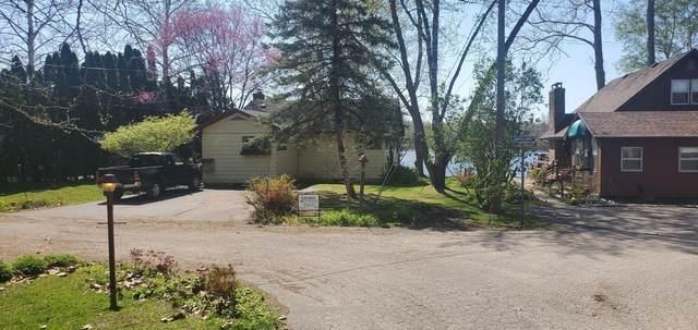9100 Meadowbrook Road #10, Eau Claire, MI 49111 (MLS #21014958) :: Keller Williams Realty | Kalamazoo Market Center