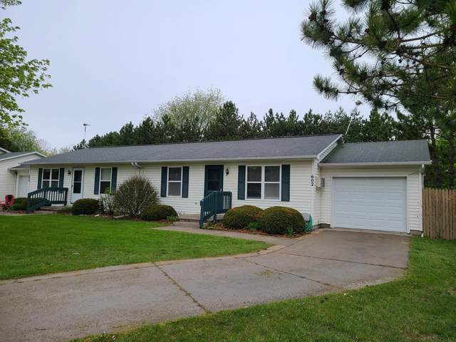 602 W Pine Street, Edmore, MI 48829 (MLS #21015065) :: Your Kzoo Agents