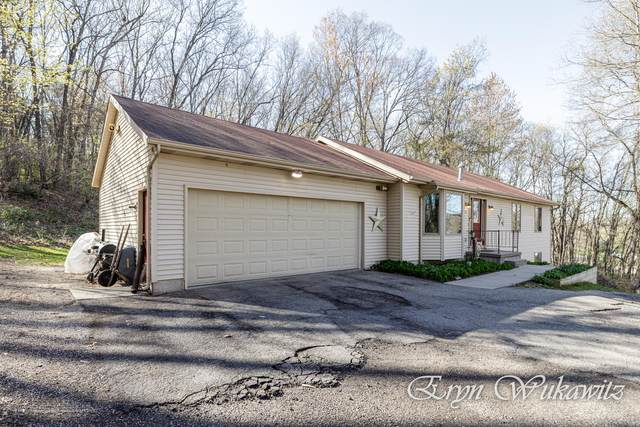 1815 Cumberland Avenue SE, Lowell, MI 49331 (MLS #21015126) :: Keller Williams Realty | Kalamazoo Market Center