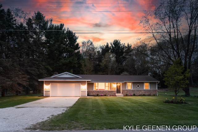 2230 Marlacoba Drive, Holland, MI 49424 (MLS #21015301) :: Your Kzoo Agents