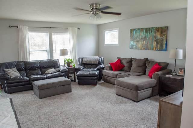50294 Rebecca Drive, Paw Paw, MI 49079 (MLS #21015309) :: Keller Williams Realty | Kalamazoo Market Center