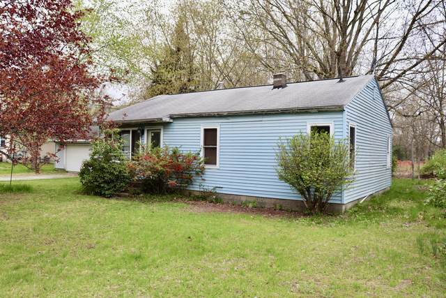1061 Holiday Street, Muskegon, MI 49442 (MLS #21015480) :: Your Kzoo Agents