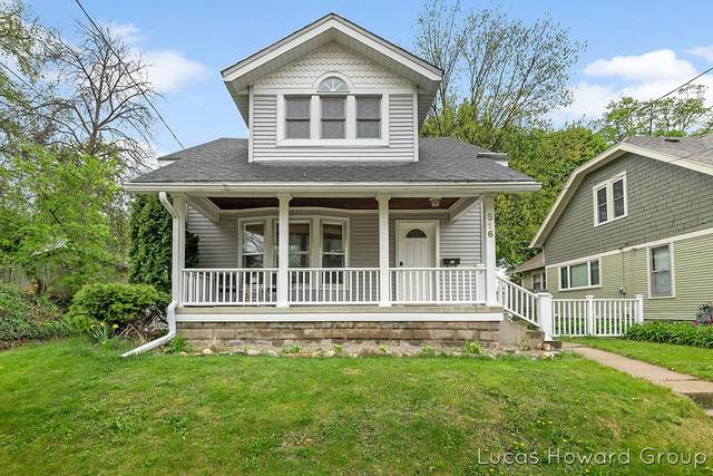 516 Curtis Street NE, Grand Rapids, MI 49505 (MLS #21015502) :: Deb Stevenson Group - Greenridge Realty