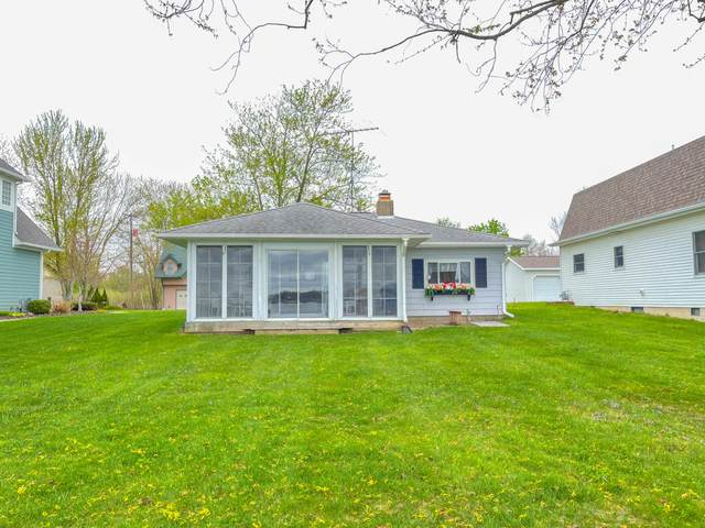 157 Lakeside Drive, Quincy, MI 49082 (MLS #21015507) :: Your Kzoo Agents