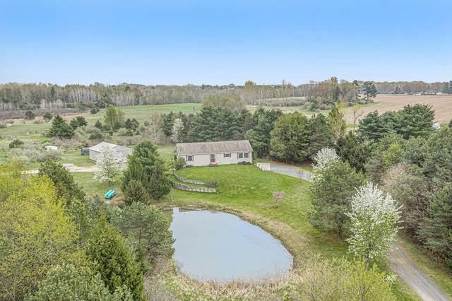 370 N Amber Road, Scottville, MI 49454 (MLS #21015510) :: BlueWest Properties