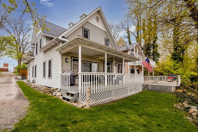 310 Marsh Street, St. Joseph, MI 49085 (MLS #21015623) :: Keller Williams Realty | Kalamazoo Market Center