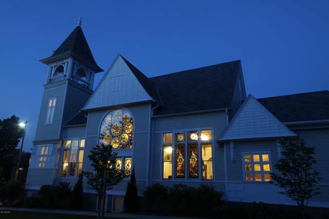 600 Washington Avenue, Grand Haven, MI 49417 (MLS #21015841) :: Keller Williams Realty | Kalamazoo Market Center