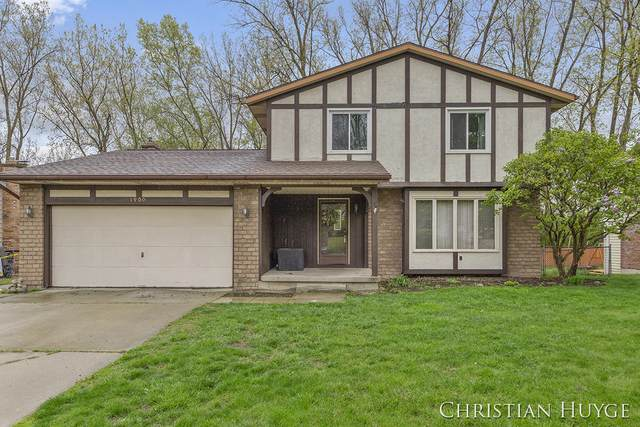 1900 Mayberry Street SE, Grand Rapids, MI 49508 (MLS #21016023) :: Your Kzoo Agents
