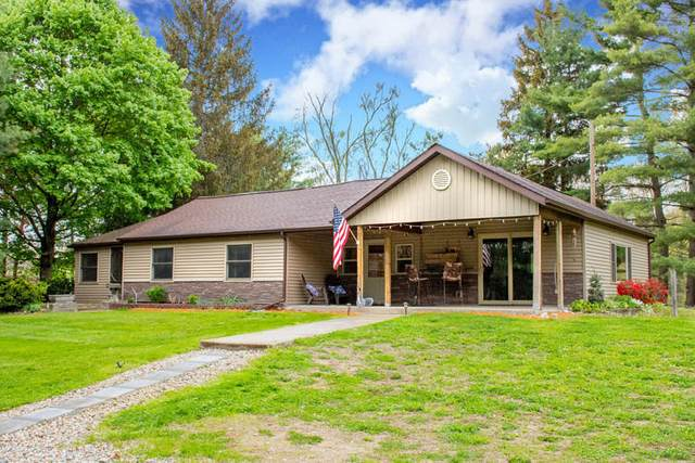 70531 Elkhart Road, Edwardsburg, MI 49112 (MLS #21016074) :: Deb Stevenson Group - Greenridge Realty