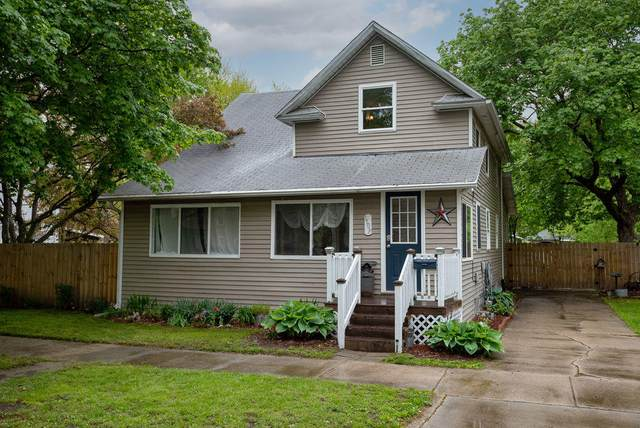 1109 Sycamore Street, Niles, MI 49120 (MLS #21016081) :: Your Kzoo Agents
