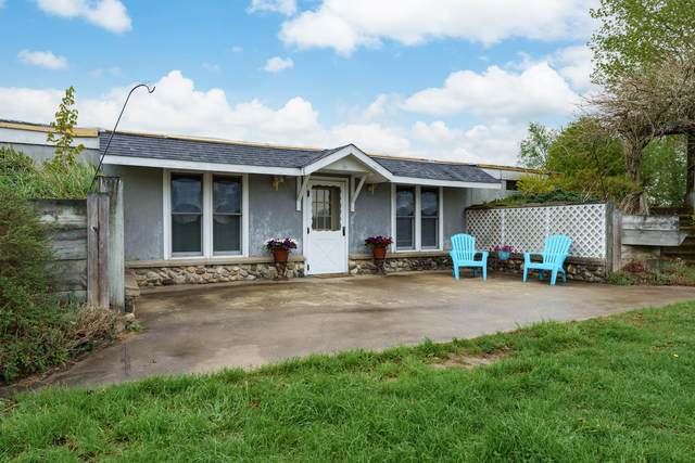 10445 44th Street, Bloomingdale, MI 49026 (MLS #21016109) :: Your Kzoo Agents