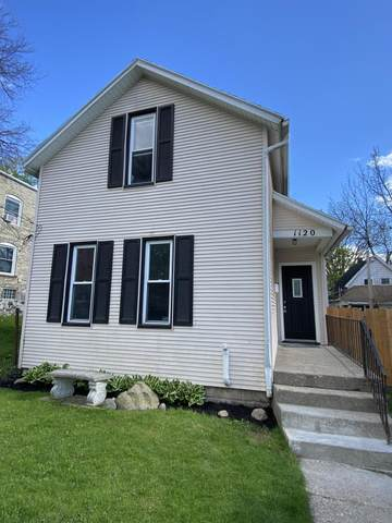1120 3rd Street NW, Grand Rapids, MI 49504 (MLS #21016133) :: JH Realty Partners