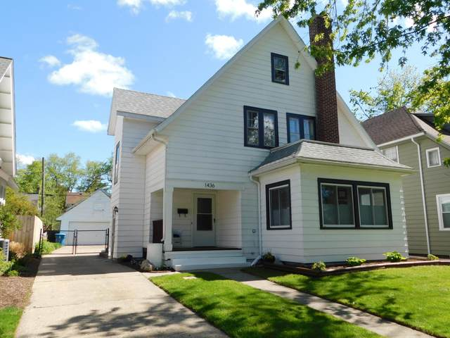 1436 W Maple Street, Kalamazoo, MI 49008 (MLS #21016183) :: Your Kzoo Agents