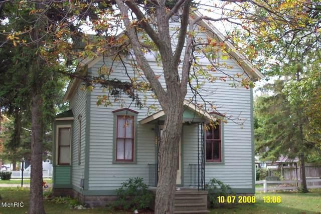 287 Hughes St. Street, Manistee, MI 49660 (MLS #21016207) :: Keller Williams Realty | Kalamazoo Market Center