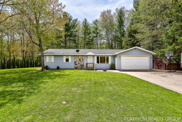5813 E Pontaluna Road, Fruitport, MI 49415 (MLS #21016509) :: JH Realty Partners