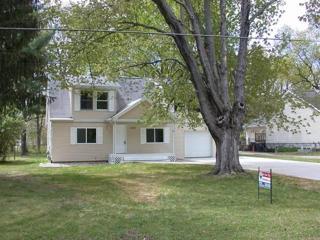 1712 S Shore Drive, Portage, MI 49002 (MLS #21016654) :: Keller Williams Realty | Kalamazoo Market Center