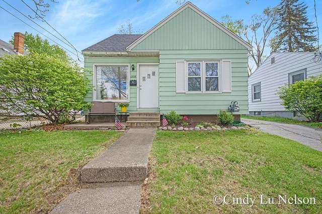 1238 Portland Avenue NE, Grand Rapids, MI 49505 (MLS #21016747) :: BlueWest Properties