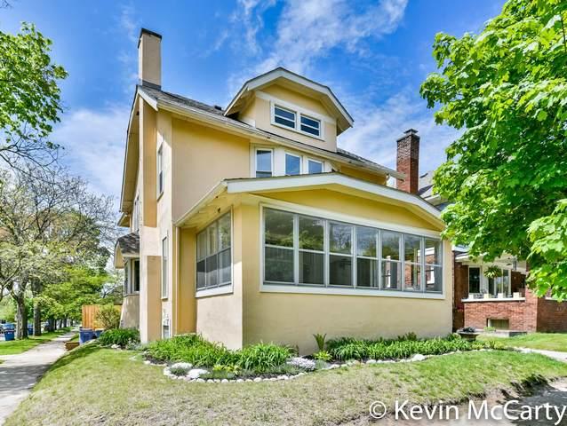 625 Giddings Avenue SE, Grand Rapids, MI 49506 (MLS #21016789) :: BlueWest Properties