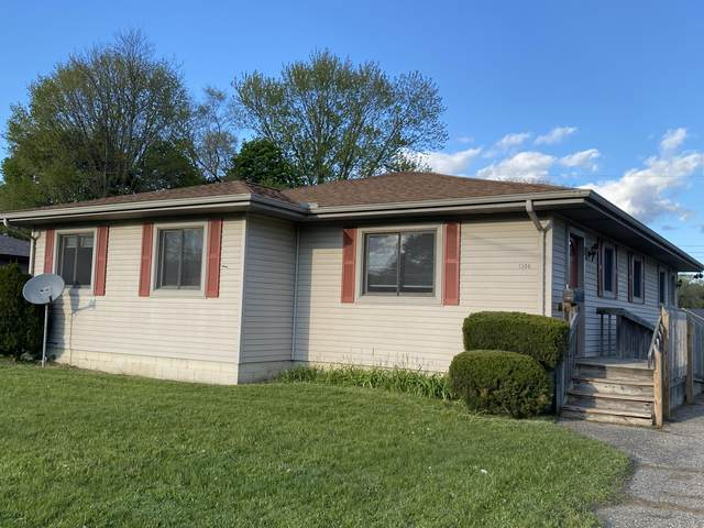 1306 N Eaton Street, Albion, MI 49224 (MLS #21016791) :: Keller Williams Realty | Kalamazoo Market Center