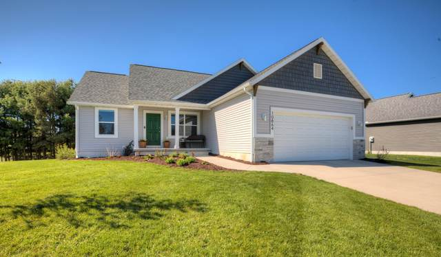 10864 Pine Bow Ct. Court, West Olive, MI 49460 (MLS #21016818) :: JH Realty Partners