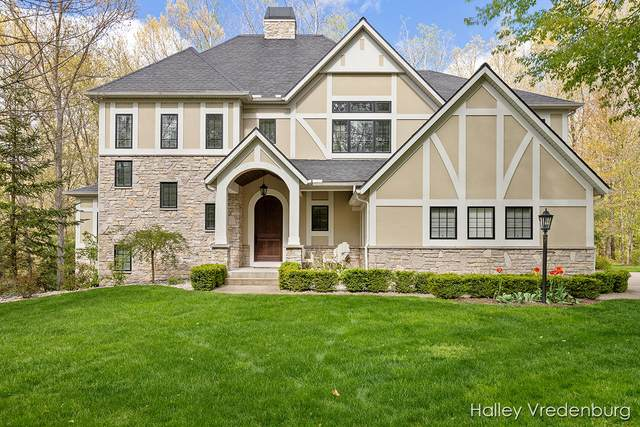 6040 Back Forty Drive NE, Belmont, MI 49306 (MLS #21016823) :: Keller Williams Realty | Kalamazoo Market Center