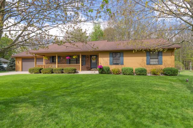 48884 Hickory Lane, Mattawan, MI 49071 (MLS #21016872) :: Your Kzoo Agents