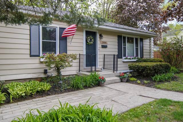 2306 Burchard Street SE, East Grand Rapids, MI 49506 (MLS #21016923) :: Your Kzoo Agents