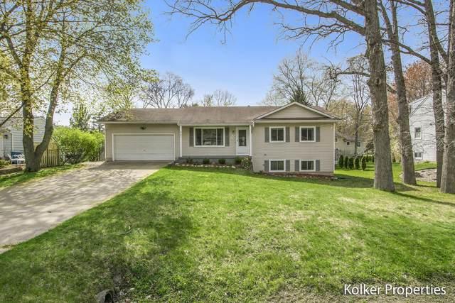 901 Argo Avenue SE, Grand Rapids, MI 49546 (MLS #21016928) :: JH Realty Partners