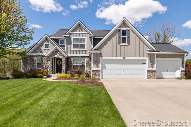 6547 Summer Meadows Drive NE, Rockford, MI 49341 (MLS #21016996) :: Keller Williams Realty | Kalamazoo Market Center