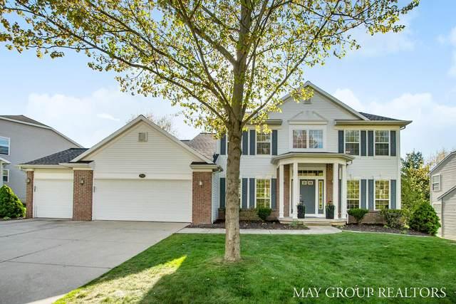 2545 Atwater Hills Drive NE, Grand Rapids, MI 49525 (MLS #21017044) :: Keller Williams Realty | Kalamazoo Market Center