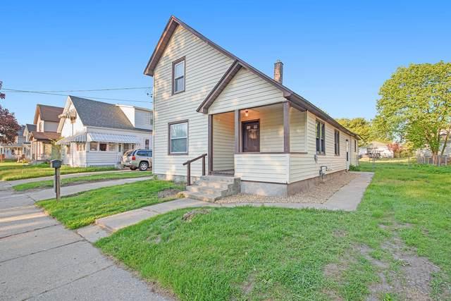 242 Ives Avenue SW, Grand Rapids, MI 49504 (MLS #21017058) :: Keller Williams Realty | Kalamazoo Market Center
