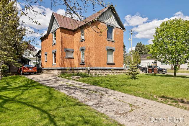 302 W Lincoln Avenue, Ionia, MI 48846 (MLS #21017096) :: JH Realty Partners