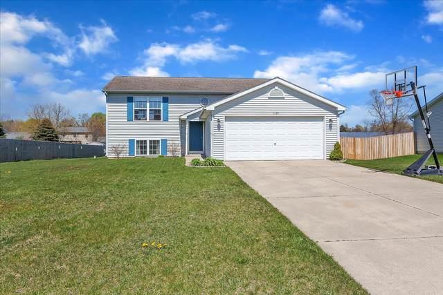 1025 Taylor Drive Drive, Plainwell, MI 49080 (MLS #21017150) :: Keller Williams Realty | Kalamazoo Market Center